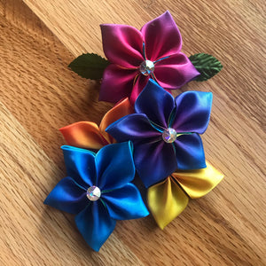 Kanzashi ribbon flower hair clips