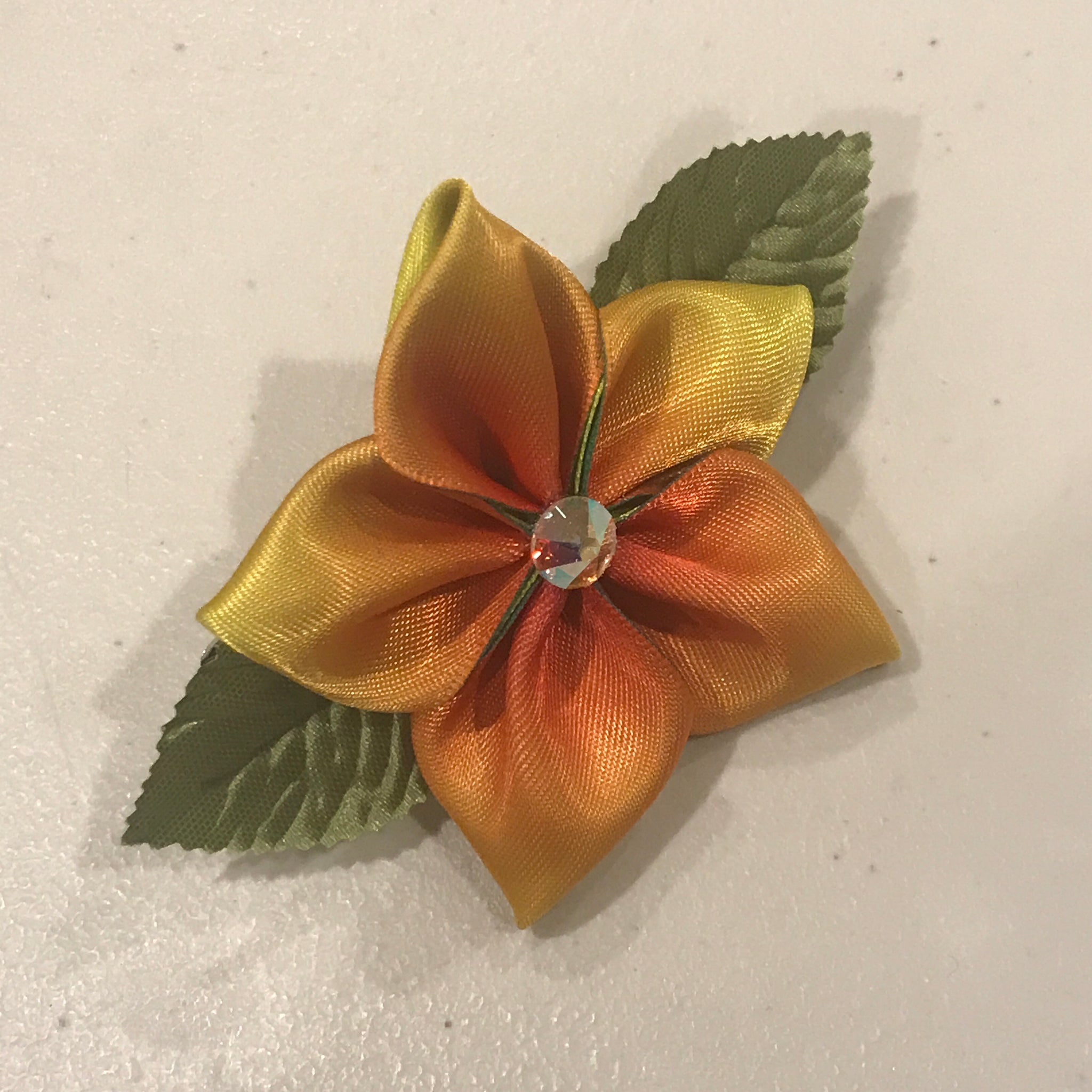 Kanzashi flower hair clip, yellow