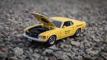 Load image into Gallery viewer, Model 1970 Ford Mustang Boss 429 Iola 2020