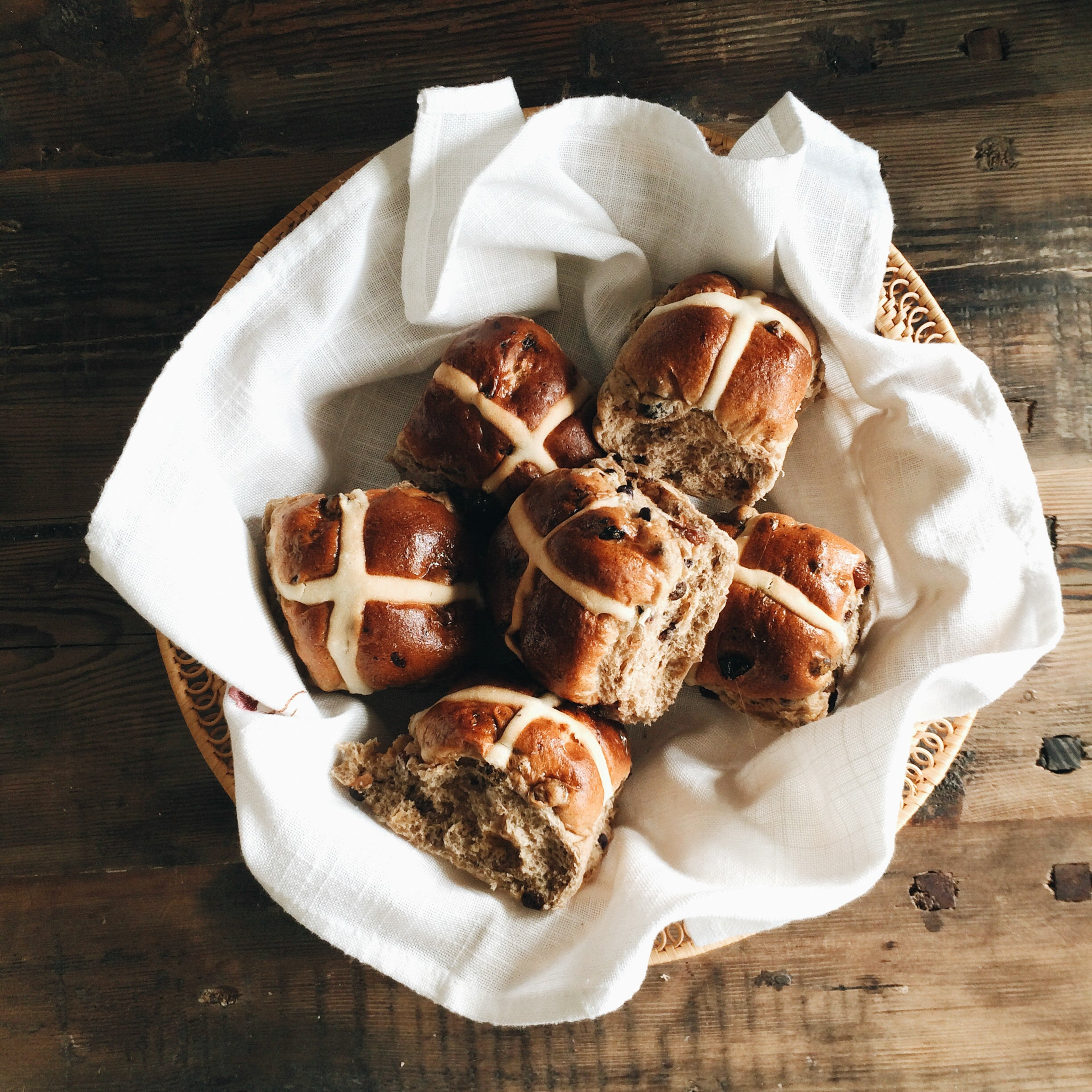 Hot Cross Buns MADE - 6 Pack