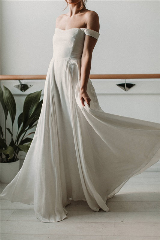 Sleek White Silk Wedding Dress