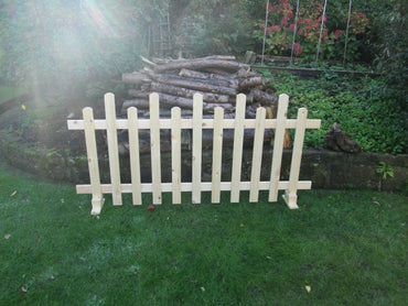 *UNLIMITED STOCK Free standing Wooden Picket Fence 6ftx3ft Staggered 2021 SALE NOW ON