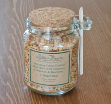 Load image into Gallery viewer, Bath salts gift set