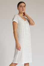 Load image into Gallery viewer, White Check Print Nightgown