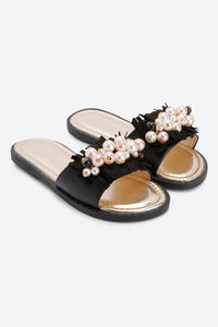 Black With Pearl Slider Sandal