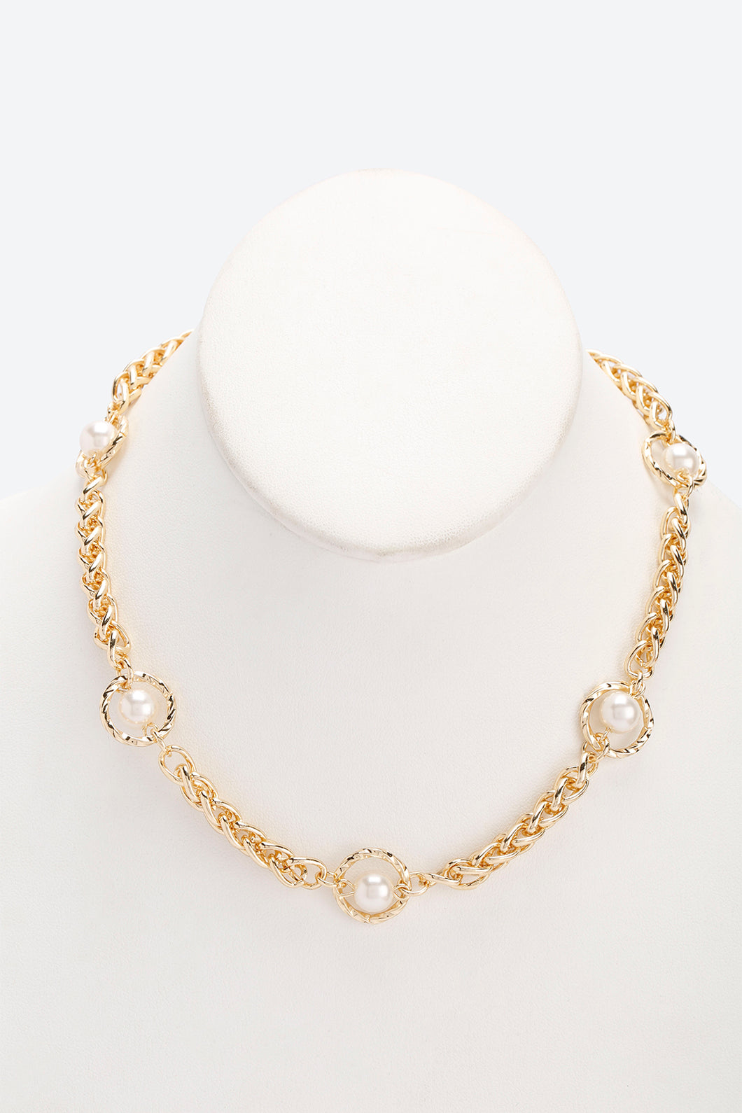 Pearl and Gold Embellished Chain Necklace