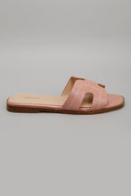 Load image into Gallery viewer, Pink Mule With Contrast Stitch Upper