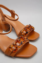 Load image into Gallery viewer, Tan Sandal With Acrylic Trim