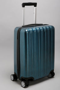 "Blue Vertical Ridges Case - Cabin (20"")"