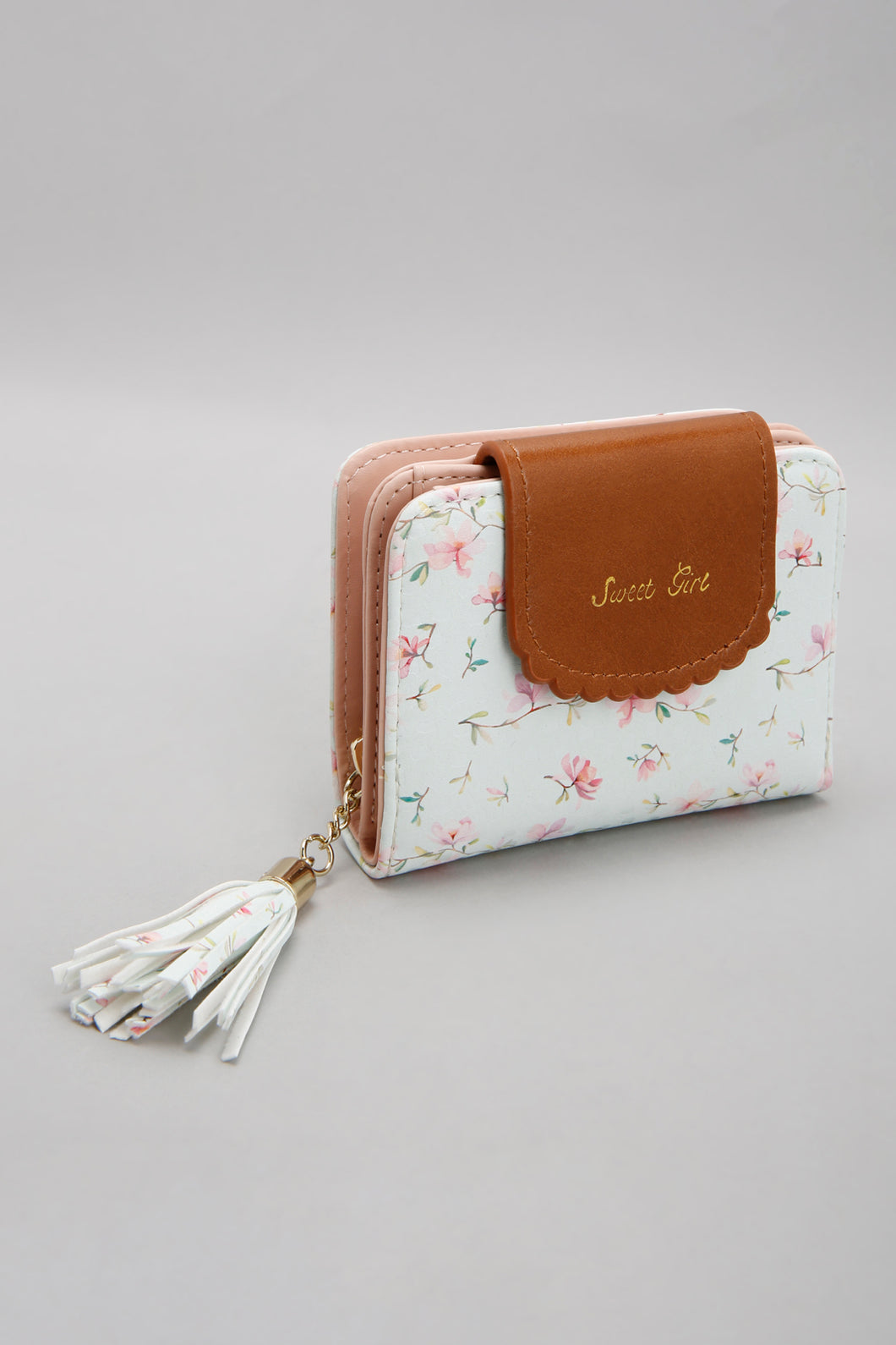White Floral Purse With Tassel Trim