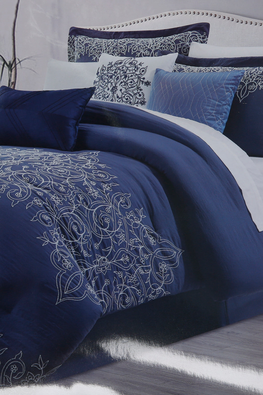Navy 7-Piece Embroidery Comforter Set (King Size)