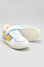 Load image into Gallery viewer, White Star Patch Sneaker