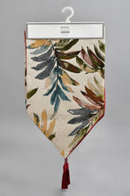 Load image into Gallery viewer, Beige Jacquard Leaf Pattern Table Runner