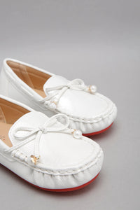 Silver Bow Trim Moccasin