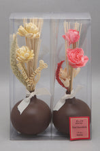 Load image into Gallery viewer, Pink Water Lily Dried Flower Vase Set (2 Piece)