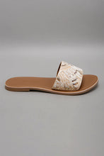 Load image into Gallery viewer, Ivory Embellished Mule