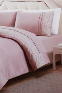 Pink Embroidery 4-Piece Comforter Set (Double Size)