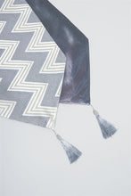 Load image into Gallery viewer, Silver Zig Zag Design Table Runner