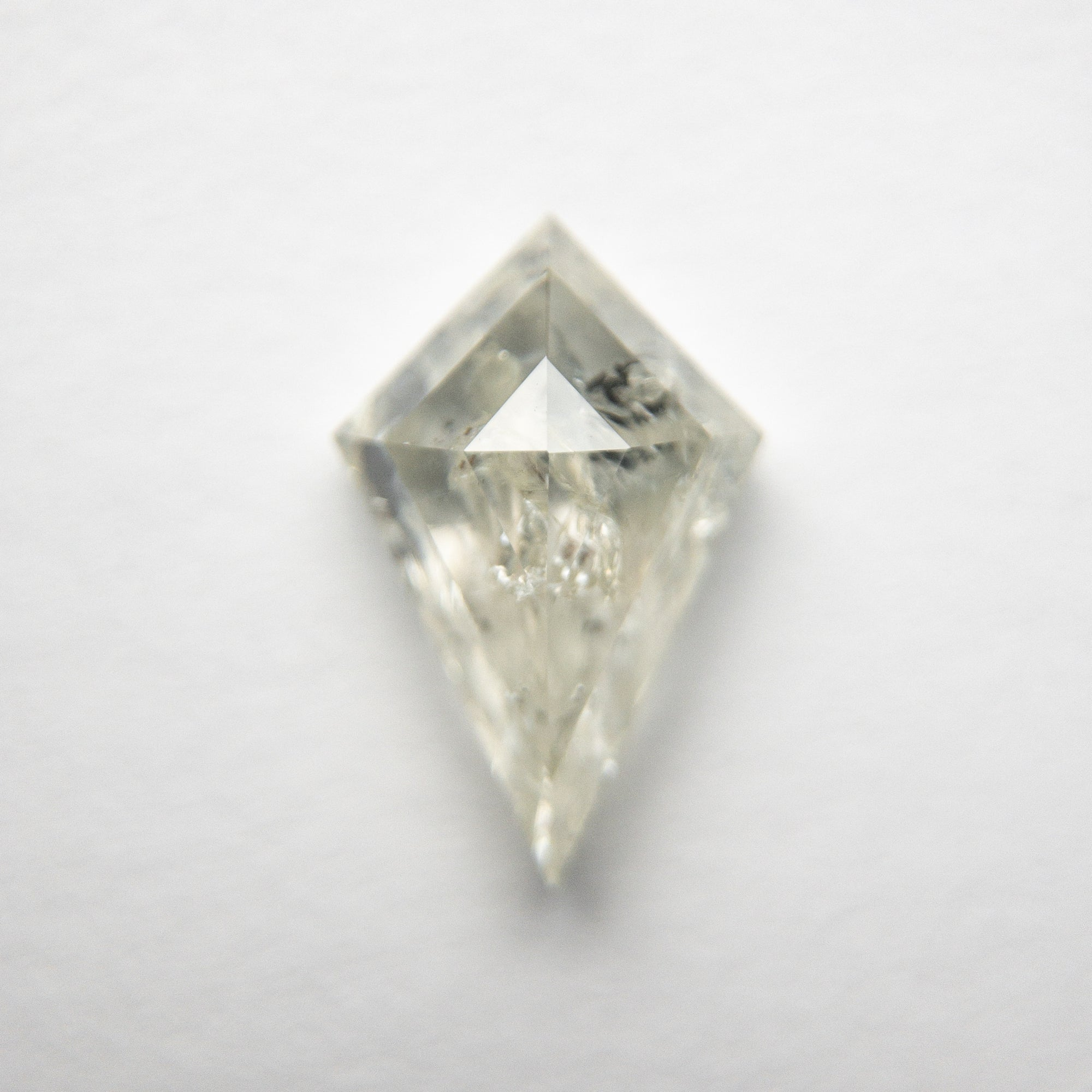 1.56ct 10.31x6.74x3.67mm Kite Rosecut 18483-18