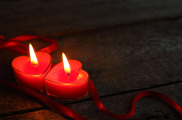 Cozy up in Candlelight