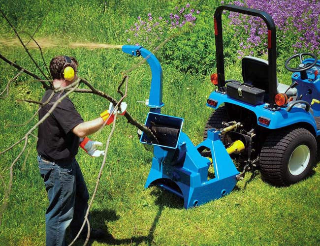 PTO driven Self-feeding Wood Chipper for 3 Point Linkage
