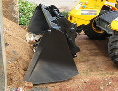 Scoop large volumes with a Himac Telehandler Bucket
