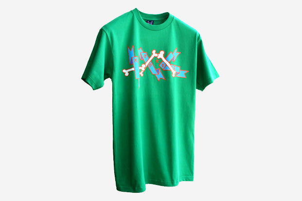 BANNER S/S TEE - Kelly Green