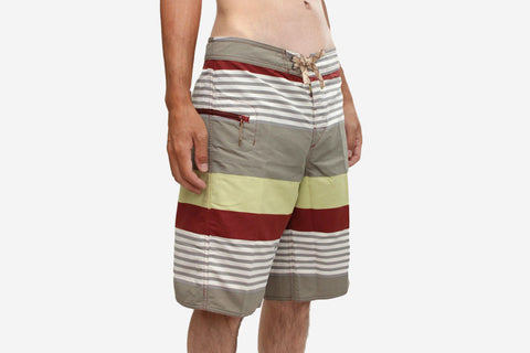 "MEN'S WAVEFARER ENGINEERED BOARD SHORTS 21"" - Fitz Stripe: Rusted Iron"