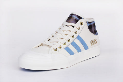 MATCHCOURT MID X SNOOP X GONZ - Chalk White/Columbia Blue/Metallic Gold - BY4542
