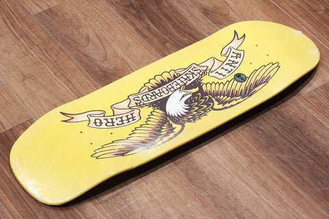 "SHAPED EAGLE OL YELLER - 9.95"" x 33.3"""