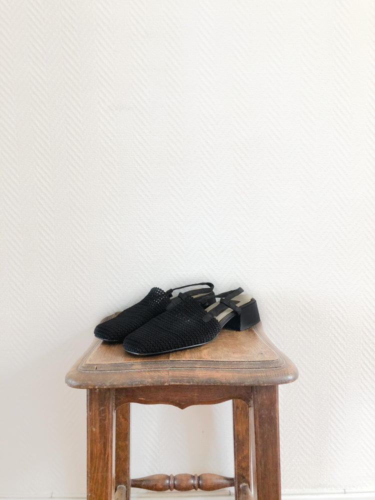 Load image into Gallery viewer, Black Woven Sandal