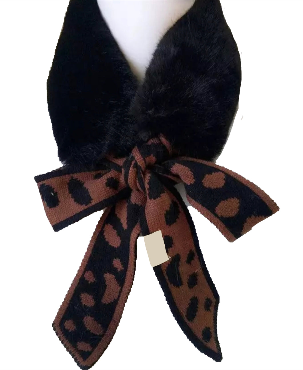SOLD OUT NEW Amelia faux fur scarf - Black/leopard