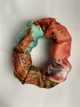 Load image into Gallery viewer, Bella hair scrunchie - Satin print