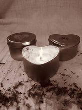 Load image into Gallery viewer, Heart Candle Tin