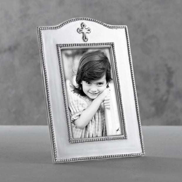Beatriz Ball Baby Cross Vertical Frame (4 x 6)
