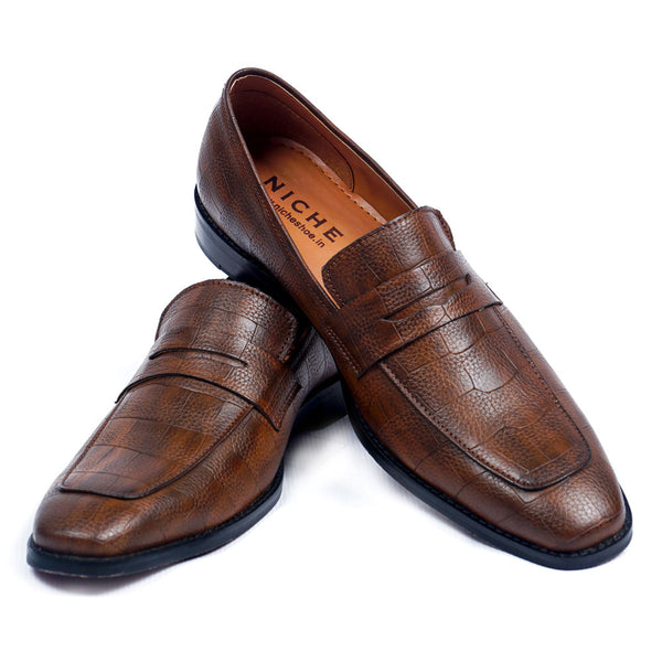 NICHE Crisp Tan Croc Pattern Loafers