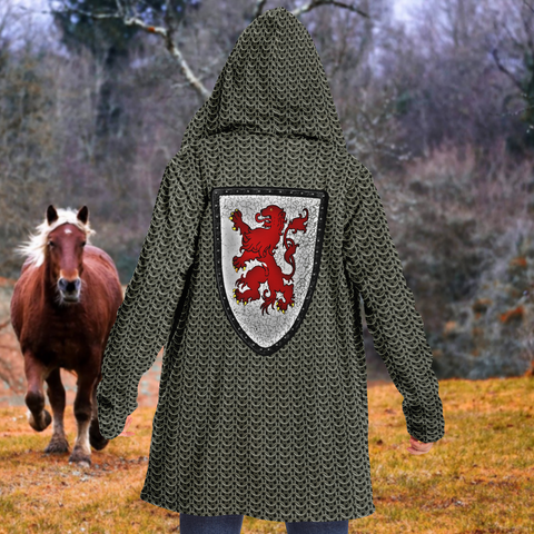 Chain Mail Print Cloak with Lion Crest