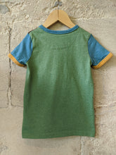 Load image into Gallery viewer, Little Bird Preloved Sale Cool Retro Colour Block TShirt Kids 4 Years