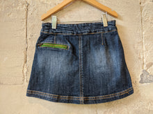 Load image into Gallery viewer, Designer Little Joule Sale Preloved Girl's Dark Denim A-Line Short Skirt 5-6 Years