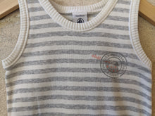 Load image into Gallery viewer, Petit Bateau Soft Grey Vest 2 Years