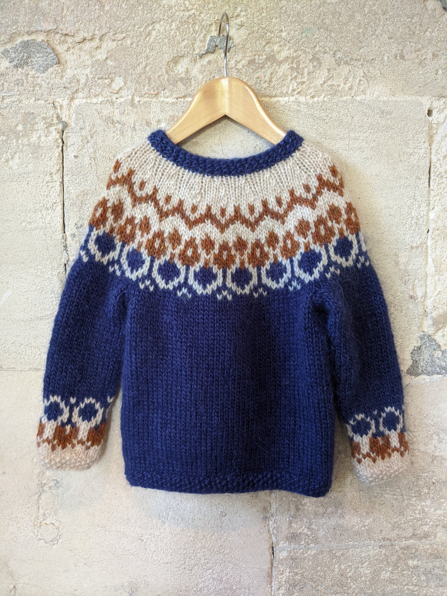 Wonderful Hand Knitted Fairisle Jumper - 5 Years