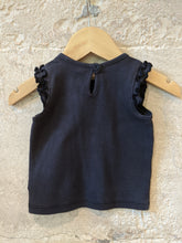 Load image into Gallery viewer, Preloved Benetton Baby TShirt Girls Navy Blue Daisies 3-4 Months