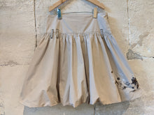 Load image into Gallery viewer, Preloved-Kids-Clothes-Secondhand-Kids-Vintage-Baby-Designer-Catimini-Skirt-7years