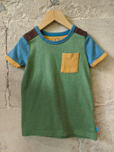 Load image into Gallery viewer, Little Bird Preloved Retro TShirt Green Brown Blue 4 Years