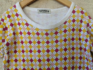 Cool Child's Second-hand T-Shirt Geo Retro Vintage Clothes 4-5 Years