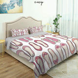 Homenon 3 Piece Queen/King Size Bedroom Decor French Style Icon in Shabby Chic Classical Vintage Hat and Striped Coat Quilts Cover with 2 Pillow Cover for Children Teen Boy Adult Beding Set (Queen)