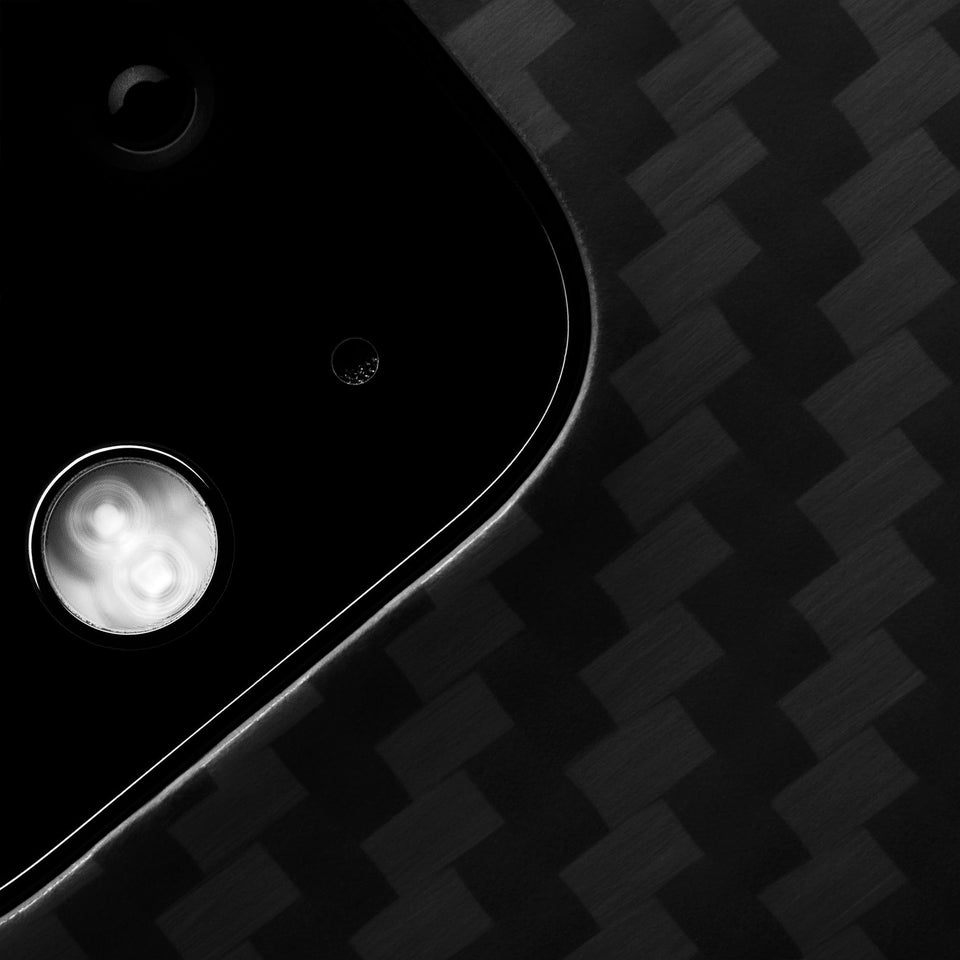 Pixel 4 Latercase - Close-up