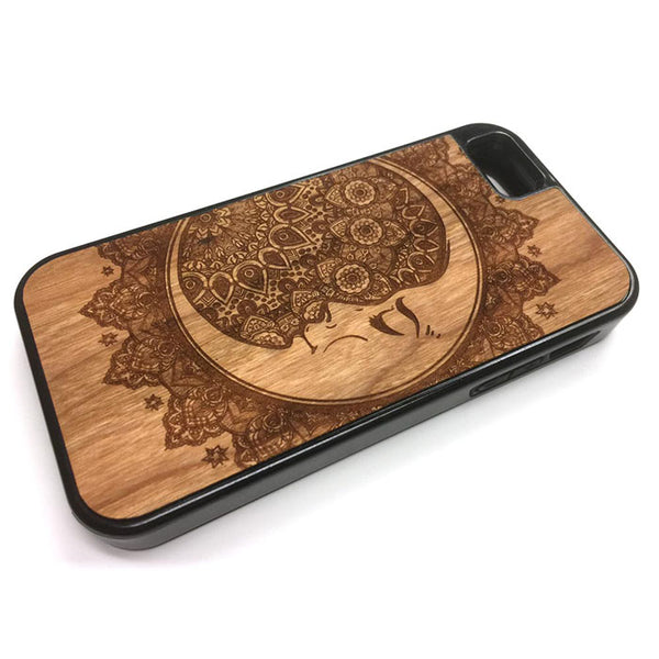 Crescent Moon Henna floral boho design iPhone Case Carved Engraved design on Real Natural Wood - For iPhone X/XS, 7/8, 6/6s, 6/6s Plus, SE, 5/5s, 5C, 4/4s