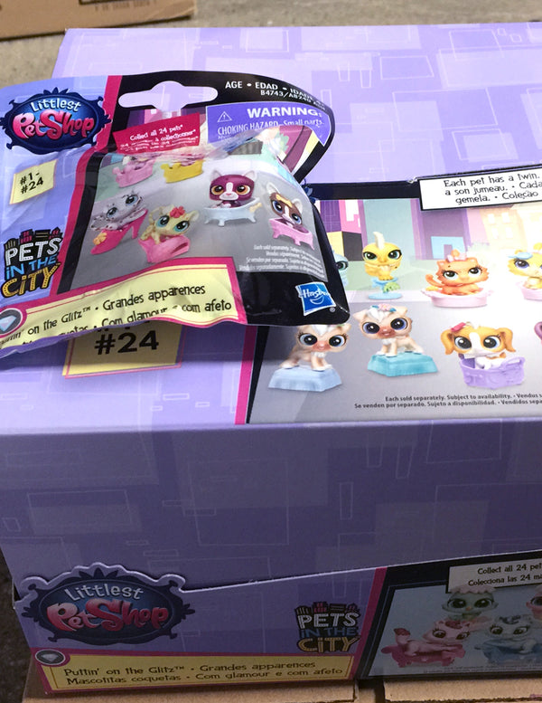 Littlest Pet Shop LPS Blind Bags Surprise Mystery Pets - Puttin' on the Glitz 1 - Complete Full Box