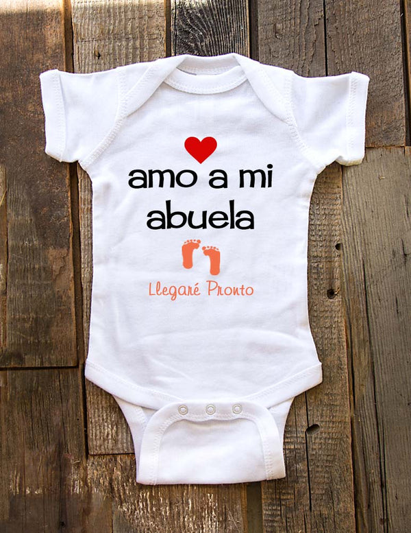 Amo a mi abuela Llegare pronto - baby onesie spanish birth pregnancy announcement - Baby One-Piece Bodysuit